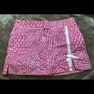 Lily Pulitzer Pink/white skort. Size 8 💜